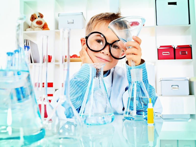 image-enfant-scientifique